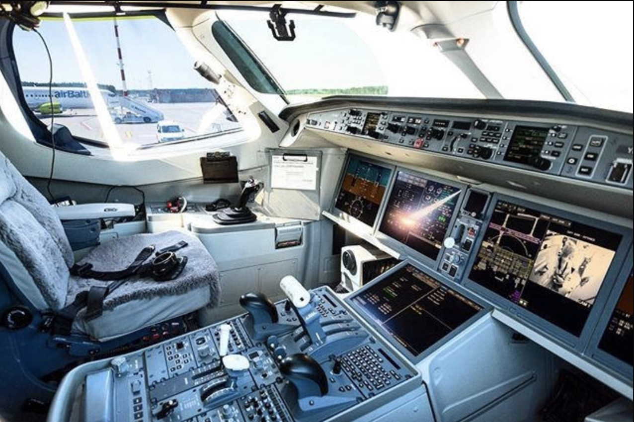 cockpit of the airbus A220